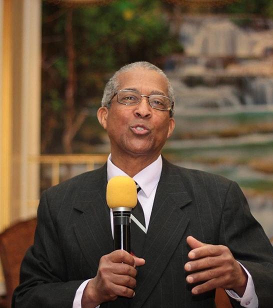 Fausto Contreras